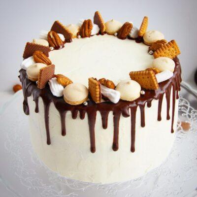 Торт «С шоколадом и печеньем»